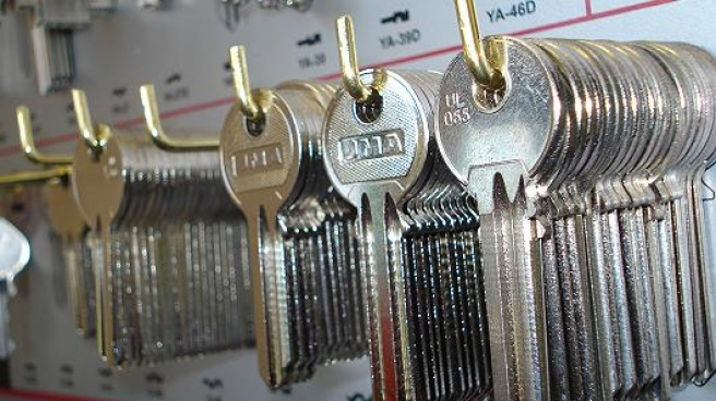 Quick and affordable key cutting